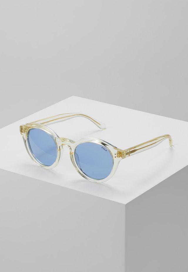 Solglasögon - pinot grigio