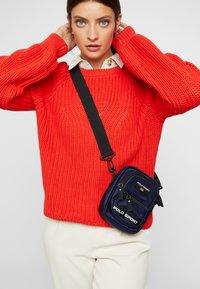 Polo Ralph Lauren - CROSSBODY - Across body bag - navy - 5