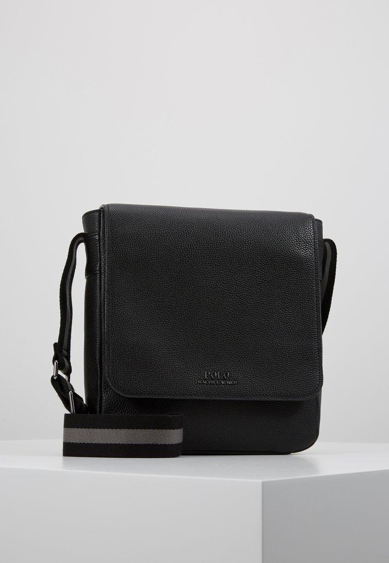 Polo Ralph Lauren - PEBBLE FLIGHT BAG - Umhängetasche - black