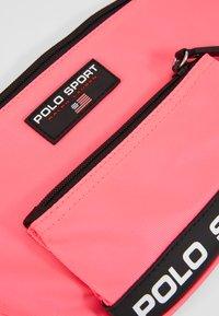 Polo Ralph Lauren - Heuptas - neon pink - 2
