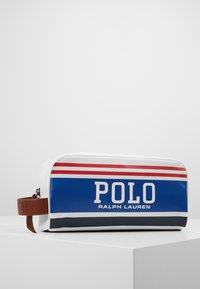 Polo Ralph Lauren - BG POLO SHV-POUCH - Reisaccessoires - red/white/navy - 0