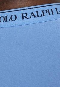 Polo Ralph Lauren - POUCH TRUNKS 3 PACK - Shorty - dark blue/blue/light blue - 6