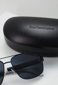 Polo Ralph Lauren - Sunglasses - grey - 3