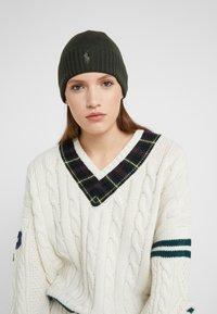 Polo Ralph Lauren - Beanie - oil cloth green - 3