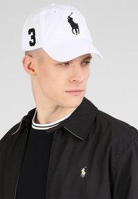 Polo Ralph Lauren - CLASSIC SPORT CAP  - Kšiltovka - white - 1
