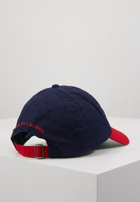 Polo Ralph Lauren - POLO SPORT CLASSIC  - Pet - dark blue/red - 3