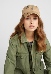 Polo Ralph Lauren - CLASSIC SPORT - Cap - luxury tan - 4
