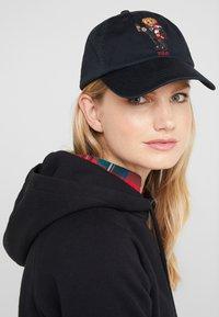 Polo Ralph Lauren - CLASSIC SPORT - Gorra - black - 4