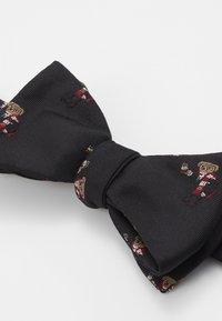 Polo Ralph Lauren - COCOA BEAR BUTTERFLY - Pajarita - black - 4