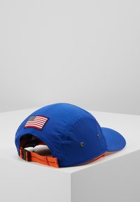 Polo Ralph Lauren - 5 PANEL GEAR  - Pet - rugby royal - 3