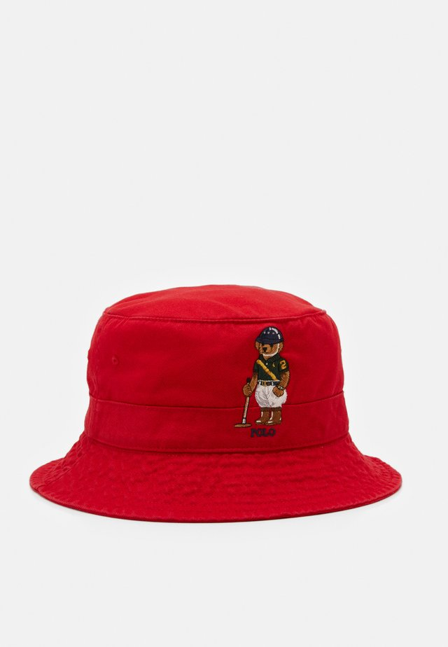 BUCKET HAT BEAR - Klobouk - red