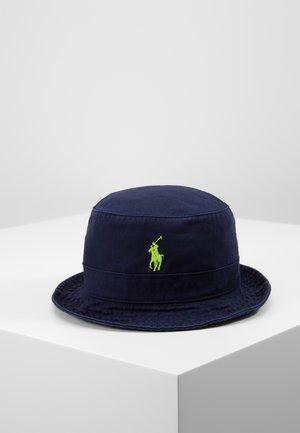 CHINO BUCKET HAT - Hut - navy/neon
