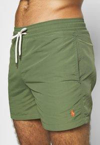 Polo Ralph Lauren - SLIM TRAVELER - Shorts da mare - supply olive - 4
