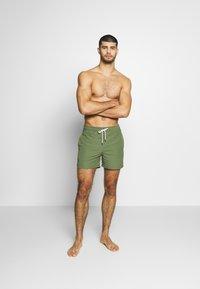 Polo Ralph Lauren - SLIM TRAVELER - Shorts da mare - supply olive - 0
