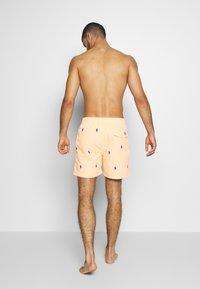 Polo Ralph Lauren - TRAVELER - Plavky - orange splash - 2