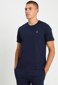 Polo Ralph Lauren - LIQUID - Camiseta de pijama - cruise navy - 0