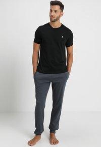Polo Ralph Lauren - LIQUID - Camiseta de pijama - black - 1