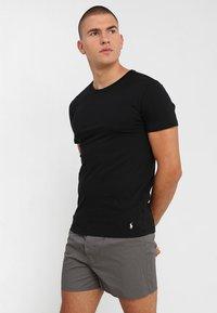 Polo Ralph Lauren - 3 PACK - Undershirt - white/black/anthracite - 4
