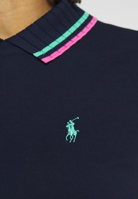 Polo Ralph Lauren Golf - T-shirt con stampa - french navy/pure white - 6