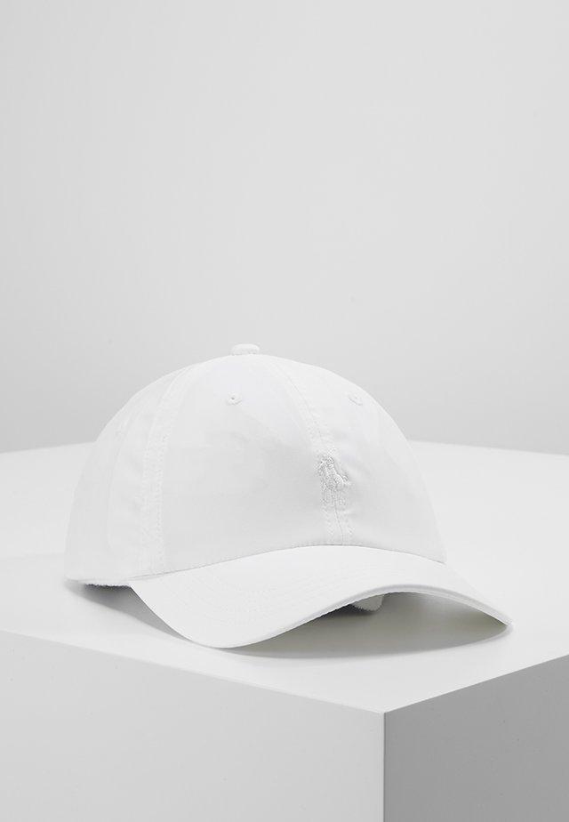 ATHENA TECH HAT - Cap - pure white