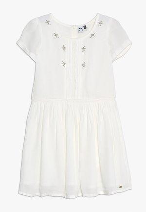 DRESS MANCHES - Vestido informal - broken white