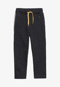 3 Pommes - TROUSERS - Pantalon de survêtement - black - 2