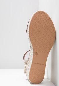 POPA - LIENA - Sandaletter - brown - 6