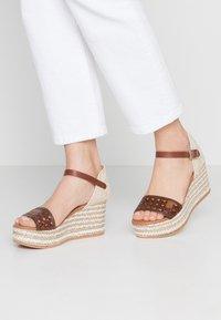 POPA - LIENA - Sandaletter - brown - 0