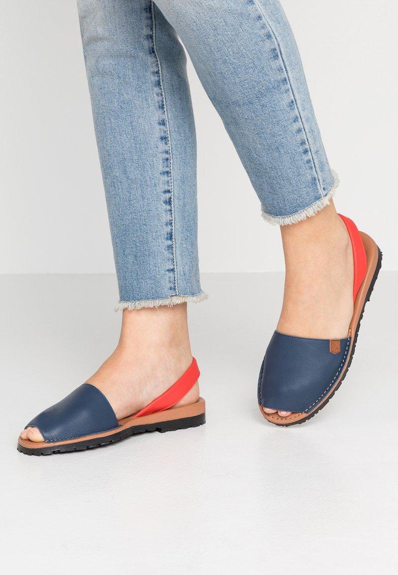 POPA - CALIFORNIA - Riemensandalette - jeans/papavero