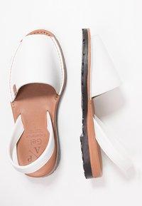 POPA - CALIFORNIA - Sandaalit nilkkaremmillä - white - 3
