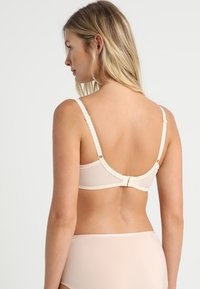 Pour Moi - EDEN PADDED BRA - Push-up podprsenka - oatmeal - 2