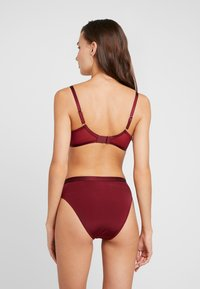 Pour Moi - VIVA LUXE UNDERWIRED BRA - Beugel BH - deep red - 2