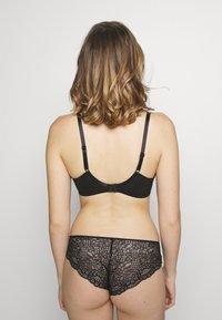 Pour Moi - CONFESSION UNDERWIRED BRA - Underwired bra - black - 2