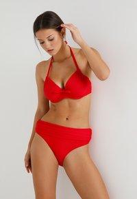 Pour Moi - BALI FOLDOVER BRIEF - Bikinibroekje - red - 1