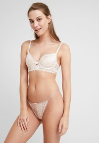 Pour Moi - OPULENCE THONG - String - mink/oyster - 1