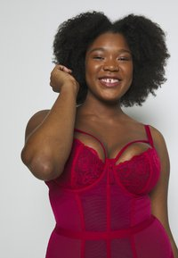 Pour Moi - SENSATION LIGHTLY PADDED UNDERWIRED - Body - red - 4