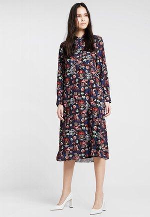 POSALICE DRESS - Vestito lungo - cherry tomato