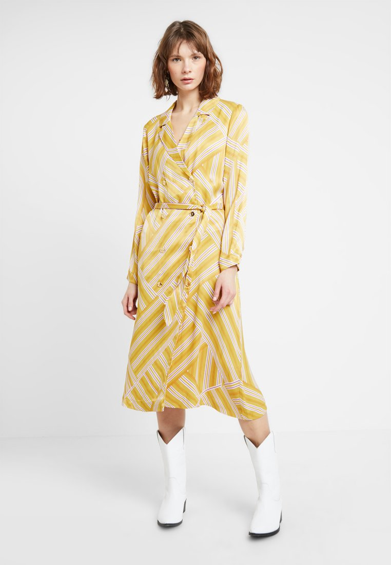POSTYR - POSALMARINE DRESS - Shirt dress - chai tea