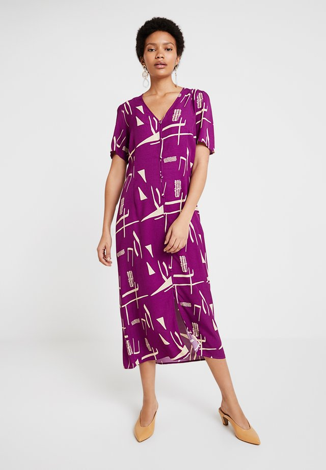 POSINES LONG DRESS - Maxi dress - purple