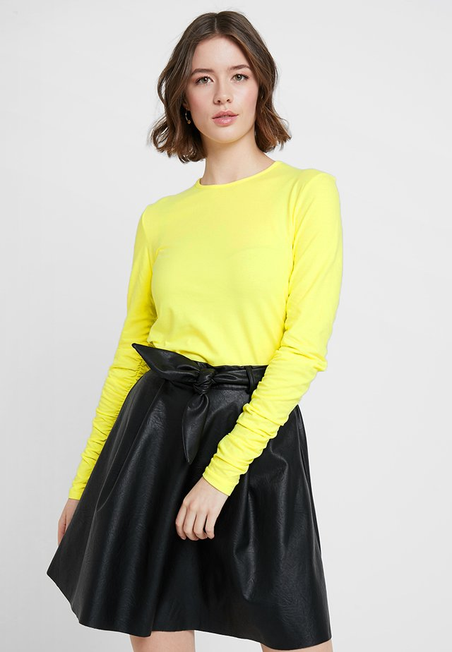 POSKUNIGUNDE - Long sleeved top - limelight