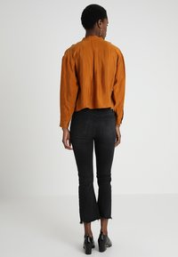POSTYR - POSAUGUSTA - Button-down blouse - cathay spice - 2