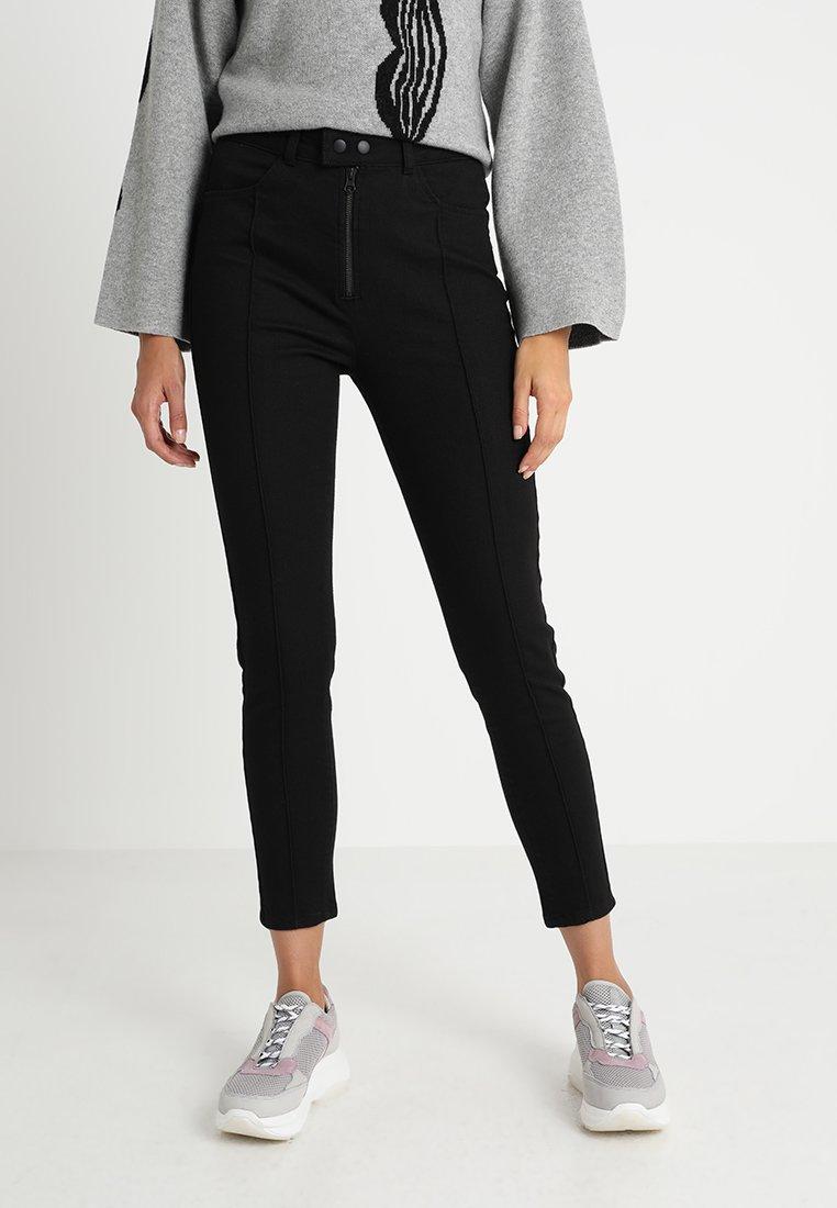 POSTYR - POSOLGA - Jeans Slim Fit - black