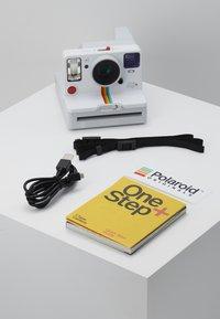 Polaroid Originals - ONESTEP - Camera - white - 3