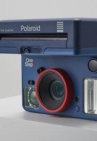 Polaroid Originals - ONESTEP 2 STRANGER THINGS - Cámara - blue - 5