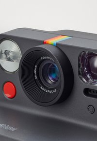 Polaroid - NOW - Camera - black - 7