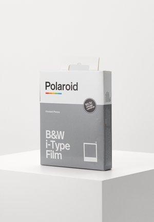 Film fotograficzny - black/white film