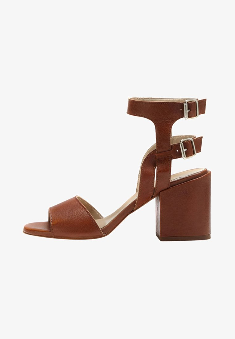 PoiLei - High heeled sandals - brown