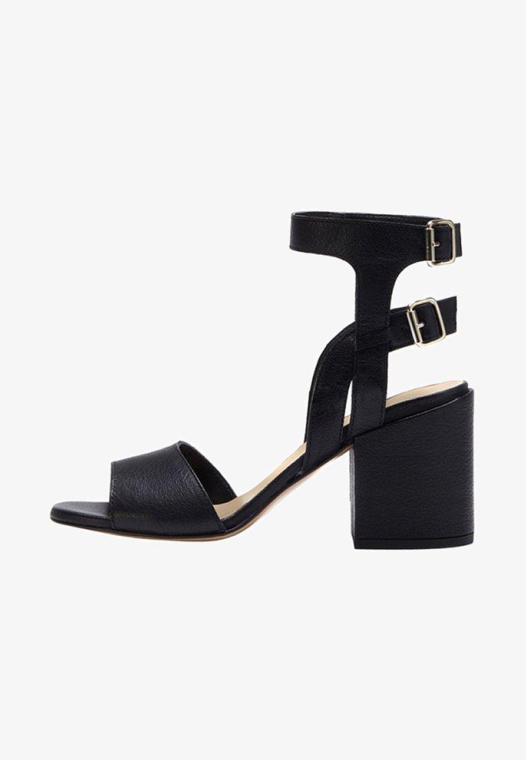 PoiLei - Højhælede sandaletter / Højhælede sandaler - black