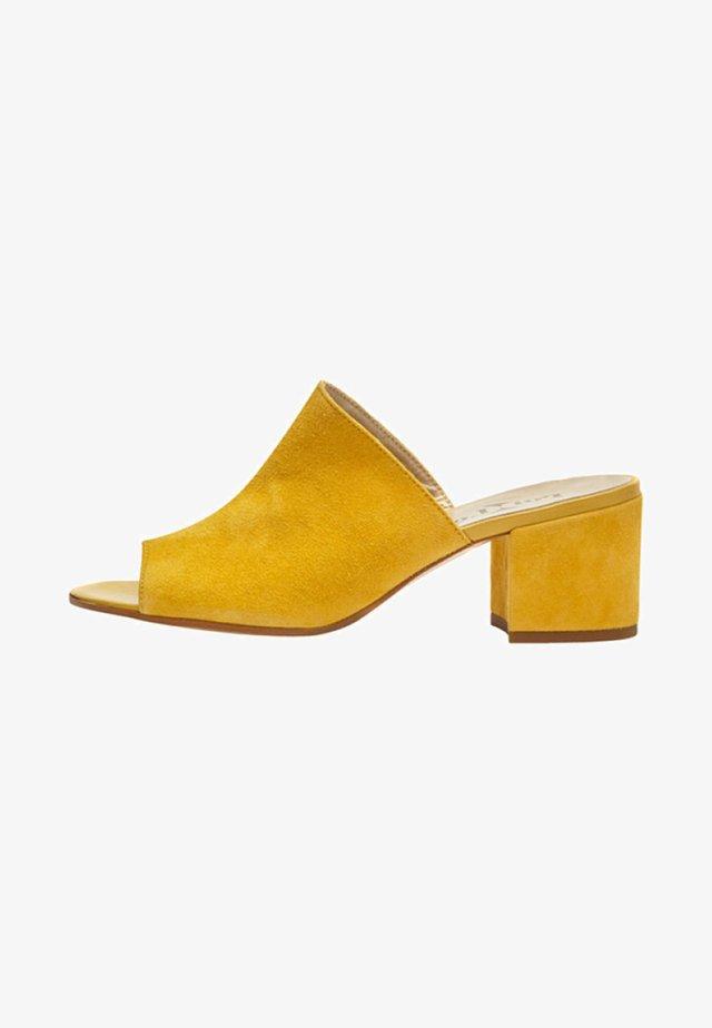 COCO - Riemensandalette - yellow