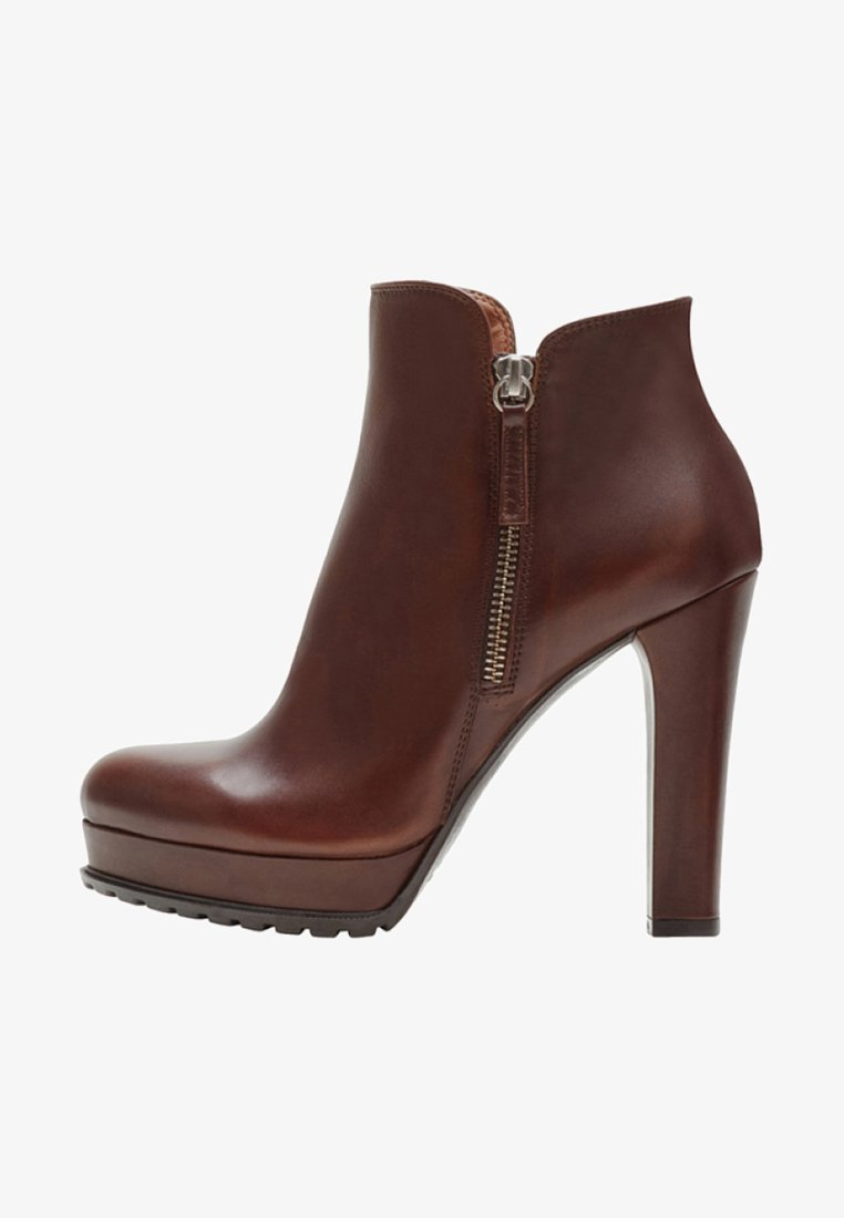 PoiLei - High heeled ankle boots - brown